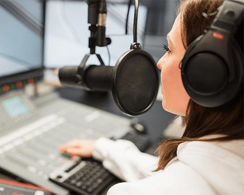 تبلیغ در رادیو