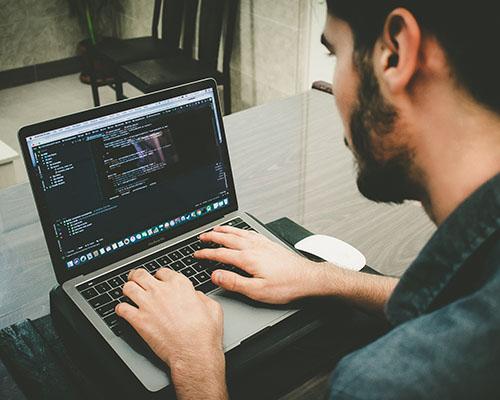 زبان-طراحی-سایت
